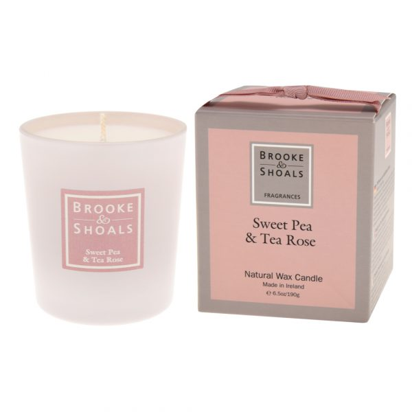 Scented Candle - Sweet Pea and Tea Rose
