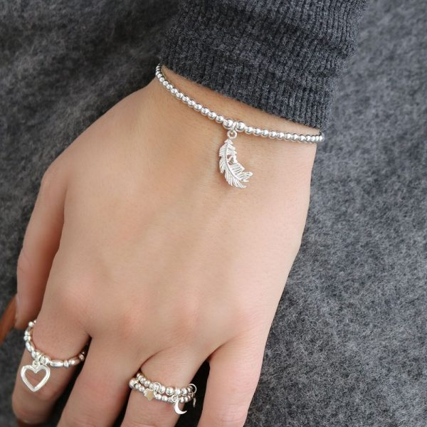Cute Charm Feather Heart Bracelet (ESBCC596)