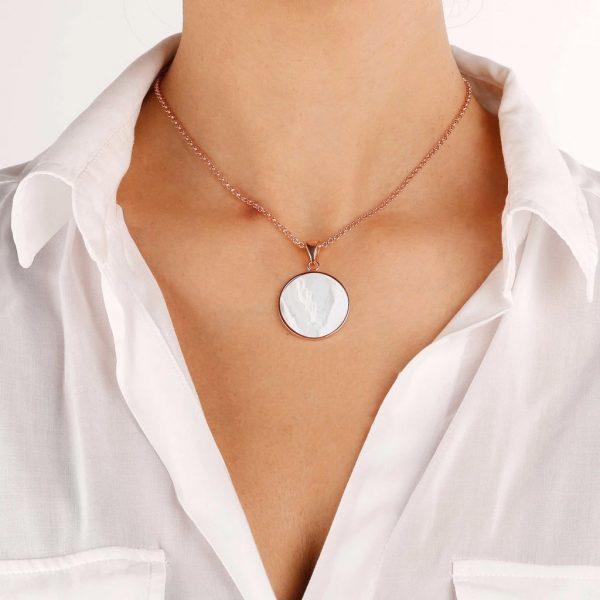 Mother of Pearl Disc Necklace (WSBZ00702.PM)