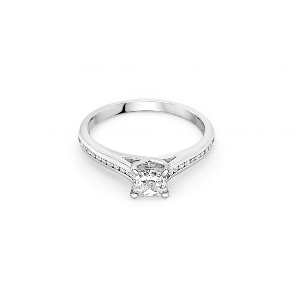 18ct White Gold Diamond Certified Engagement Ring